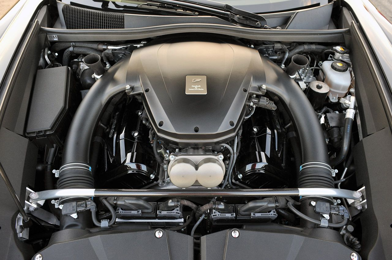 Lexus LFA silnik