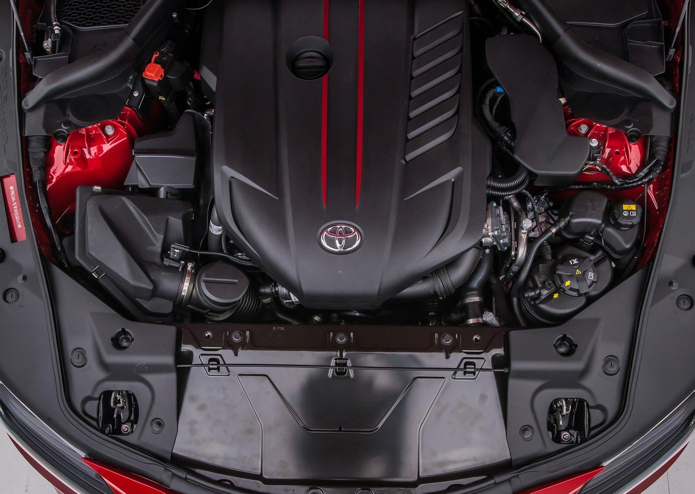 Toyota Supra 2019 silnik
