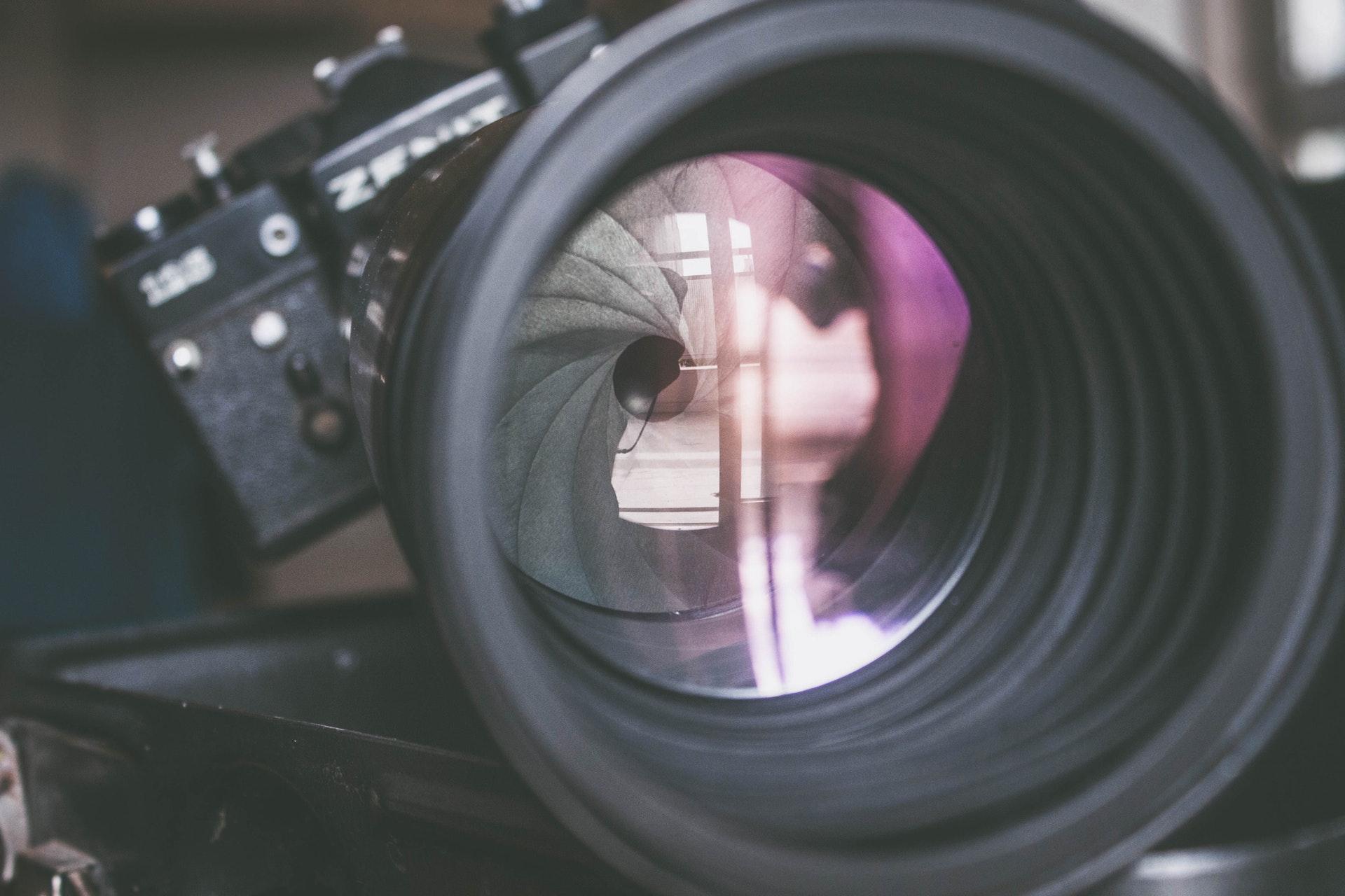 używany obiektyw zakup używanego aparatu jak kupić używany aparat
