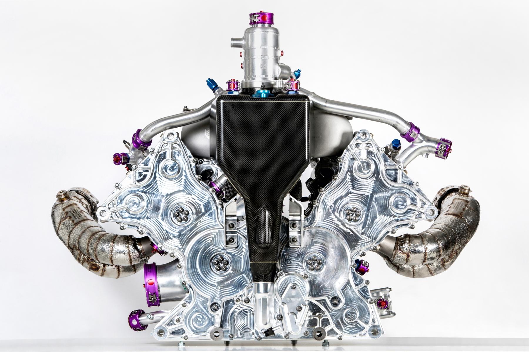 silnik v4