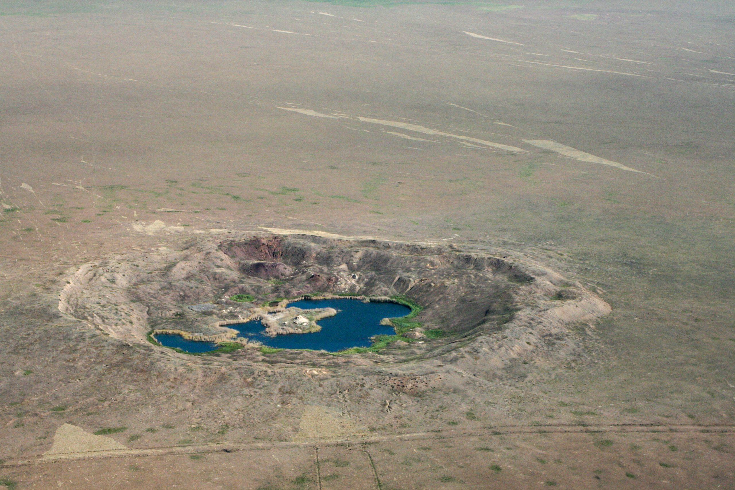car bomba krater