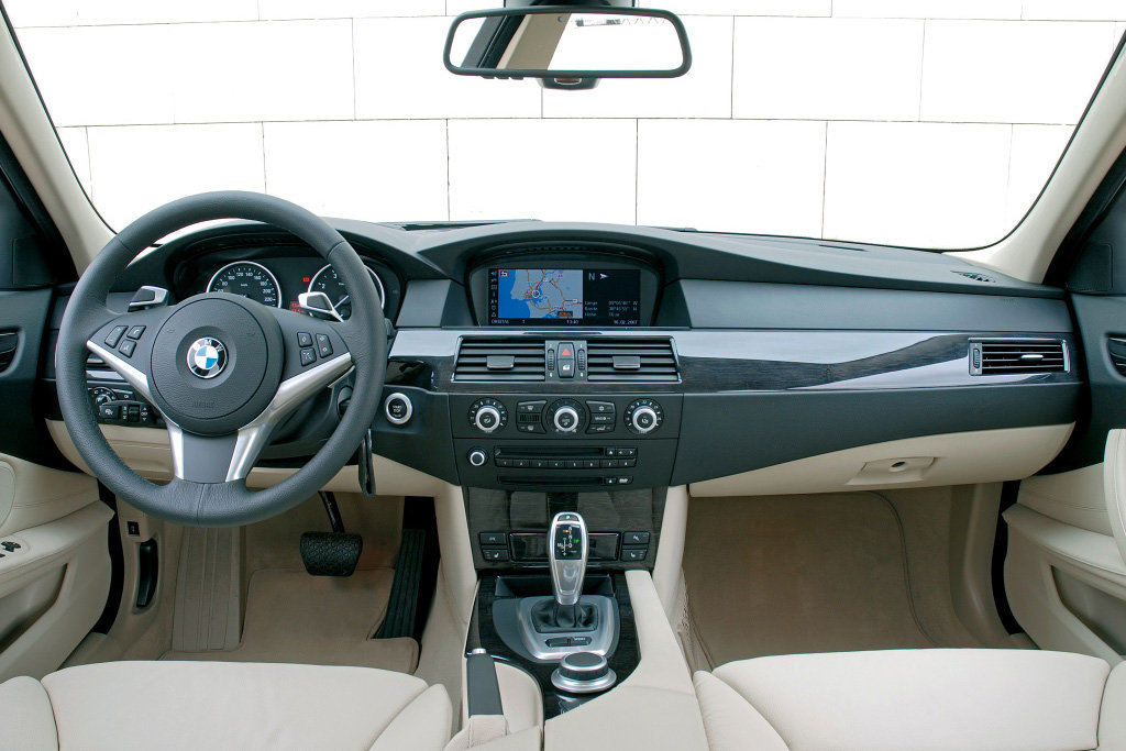 BMW E60 wnętrze